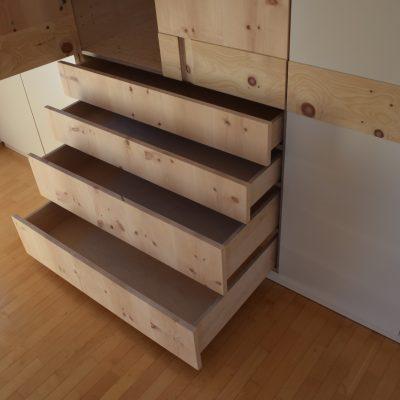 zirbenholz-schrank-1